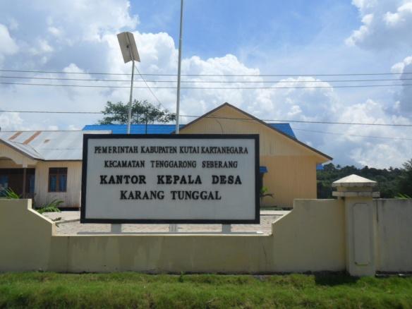Kantor_Desa_Karang_Tunggal,_Kutai_Kartanegara